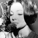 Sara Montiel in 1964 - 454 x 590
