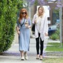 Isla Fisher at a Iced Coffee in Los Angeles May 18, 2017 - 454 x 349