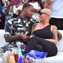 Amber Rose and Terrence Ross - 454 x 423