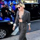 Kristen Stewart – Arrives at Good Morning America in New York