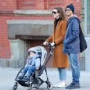 Anne Hathaway with husband Adam – Out in Chelsea in New York City - 454 x 493