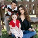 Nora Salinas, Jose Miguel and Scarlet - Tvnotas magazin Pictorial May 2013 - 454 x 496