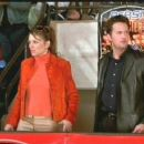 Elizabeth Hurley and Matthew Perry in Serving Sara directed by Reginald Hudlin and distributed by Paramount - 2002