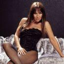 Linda Lusardi - 454 x 340