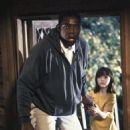 The Hand That Rocks the Cradle - Ernie Hudson and Madeline Zima (1992) - 454 x 685