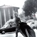 Jerry Hall - Vogue Magazine Pictorial [Italy] (September 1990) - 454 x 604