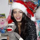 Jenna Dewan at the Alice plus Olivia toy drive to benefit the Eisner Pediatric Foundation in Beverly Hills on December 12, 2009