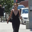 Sarah Hyland – Leaving a day spa in Los Angeles