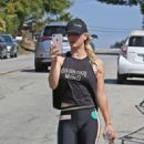 Kaley Cuoco – Hits the gym in LA - 454 x 530