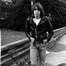 Johnny Ramone - 432 x 611