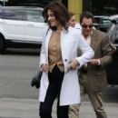 Nigella Lawson – Arrives on Extra! at Universal Studios Hollywood in LA - 454 x 681