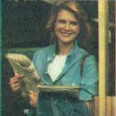 Candice Bergen - Film Magazine Pictorial [Poland] (28 April 1985)