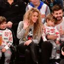Shakira and Gerard Pique Attend The New York Knicks Vs Philadelphia 76ers Game - 454 x 340