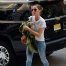 Gisele Bundchen – Arriving home in New York City