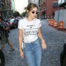 Gigi Hadid – Heads out for dinner in New York City