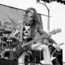 Cliff Burton - 454 x 280