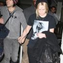 Ashlee Simpson And Pete Wentz - Miami International Airport 30.12.2007