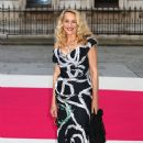 JERRY HALL ATTENDS THE ROYAL ACADEMY SUMMER EXHIBITION ON MAY 30TH, 2012 IN LONDON, ENGLAND