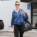 Joanna Krupa Christmas Shopping In La