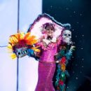 Karin Ontiveros- Miss Universe 2011- Preliminary Competition- National Costume - 399 x 600
