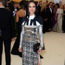 Jennifer Connelly – 2018 MET Costume Institute Gala in NYC - 454 x 681