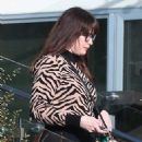 Liv Tyler is seen taking out boxes from her new house in Malibu - 454 x 721