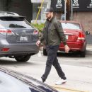 Justin Timberlake makes a stop at Au Fudge restaurant on April 9, 2016 - 454 x 371