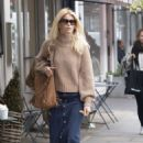 Claudia Schiffer – Shopping in Notting Hill
