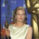 Kim Basinger attends The 70th Annual Academy Awards - Press Room (1998)