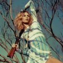 Hana Soukupova Elle Spain March 2011 - 454 x 597