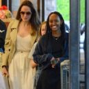 Angelina Jolie Shopping With Daughters In Los Angeles  (September 04, 2019) - 454 x 549