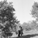 Mary Ann Mobley and Richard Chamberlain - 454 x 672