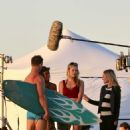 Kristen Bell – Films a scene for the show 'Veronica Mars' on Hermosa Beach