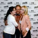 Jennie Garth, Shannen Doherty Reunite With Shirtless Ian Ziering at Chippendales Show  - June 30th 2013 - 454 x 380