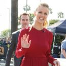 Brooklyn Decker On The Set Of Extra In La