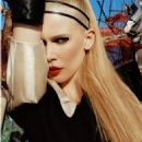 Claudia Schiffer - i-D Magazine Pictorial [United Kingdom] (September 2006) - 454 x 569
