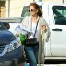 Isla Fisher – Running Errands in West Hollywood 03/04/2019