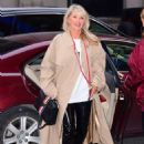 Christie Brinkley with her daughter arriving to the Knicks vs Heat Basketball game in NYC - 454 x 632