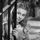 Great Expectations - Jean Simmons - 454 x 581