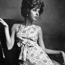 Pattie Boyd - Vogue Magazine Pictorial [United Kingdom] (15 April 1965) - 260 x 400