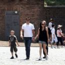Matthew Fox- July 9, 2009-Fox family see the Colosseum - 454 x 311