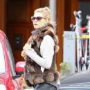 Kelly Rohrbach Out for shopping in St. Moritz - 454 x 680