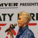 Katy Perry – Announces 2018 Australia Tour and Meets Fans in Sydney