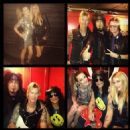 [PICTURE] Susan McKagan, Duff, Glenn Hughes, Slash, Nikki Sixx, Courtney Bingham backstage - 454 x 454