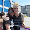 Colton Dixon Fan Meeting Pictures - 454 x 340