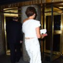 Maggie Gyllenhaal – Arriving at 30 Rockefeller Plaza in New York - 454 x 683
