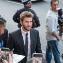 Liam Hemsworth- June 20, 2016- Candid Celebrity Arrivals at 'Independence Day: Resurgence' Premiere - 454 x 332