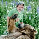 Casey Anderson and Brutus - 454 x 255