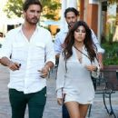 Kourtney Kardashian and Scott Disick out for sushi at Sugarfish in Calabasas (August 12)