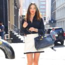 Miranda Kerr – Out and about in New York - 454 x 662